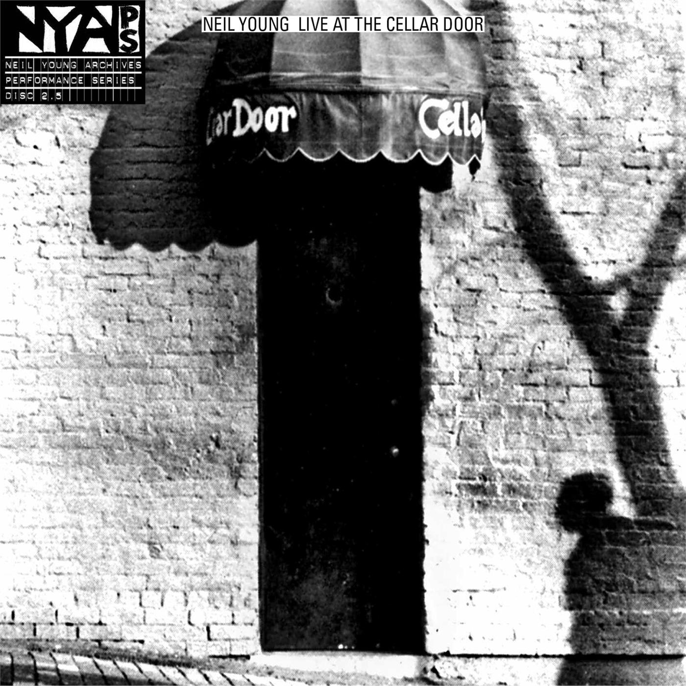 9362494346 Warner Bros  Neil Young Live at the Cellar Door (LP)