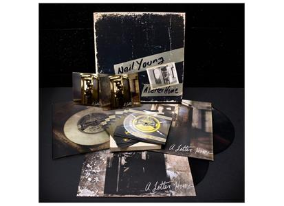 700943 Third Man  Neil Young A Letter Home (Deluxe Box)