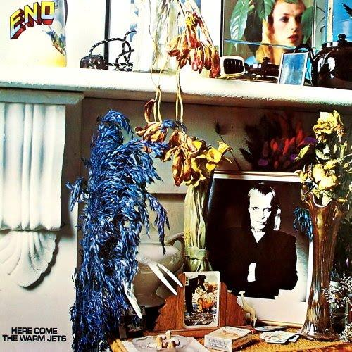 5770387 Astralwerks  Brian Eno Here Come The Warm Jets (LP)