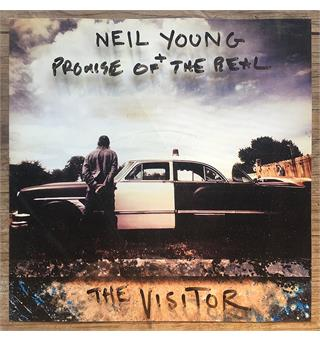 Neil Young + Promise of the Real Visitor (2LP)